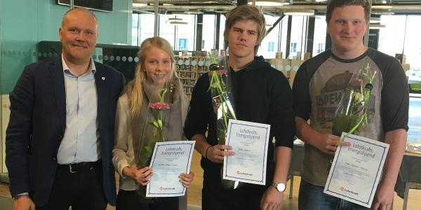 Seks elever fikk stipend
