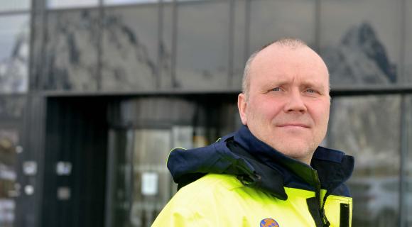 Kommunal Landspensjonskasse gjensidige forsikringsselskap foreslått som ny medeier i Lofotkraft AS