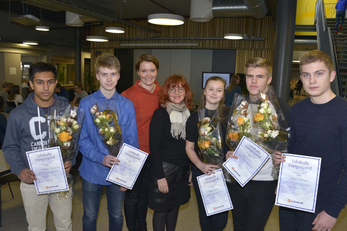 Fem elever tildelt Lofotkrafts energistipend.