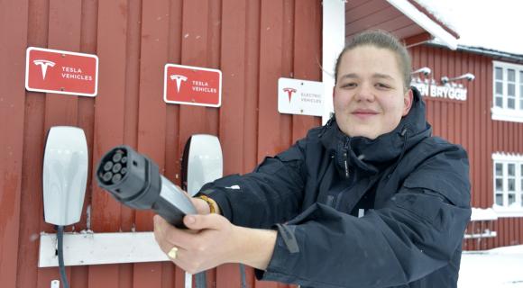 Elektriske Solsiden på Ballstad