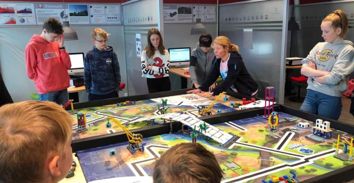 9.november: 150 elever fra Lofoten konkurrerer om en plass i den skandinaviske finalen.